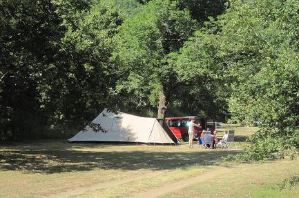 Camping Moto Saint Pardoux