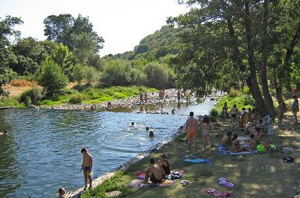 Cp Bungalows Rio Jerte (Las Veguillas)