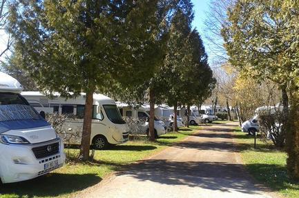 Camping Les Merilles
