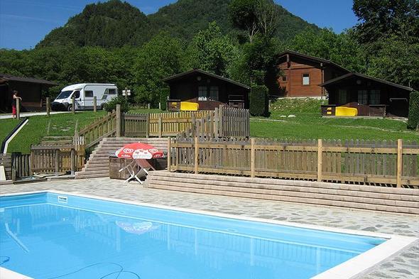 Campsite Stiera Village & Rafting