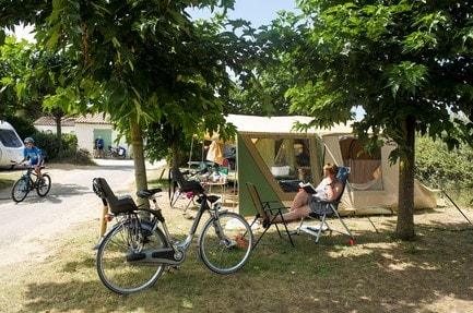 Campsite Huttopia Oléron Les Chênes Verts