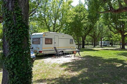 Camping Via Venaissia